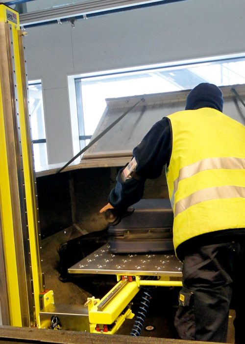 baggage-operator-cls